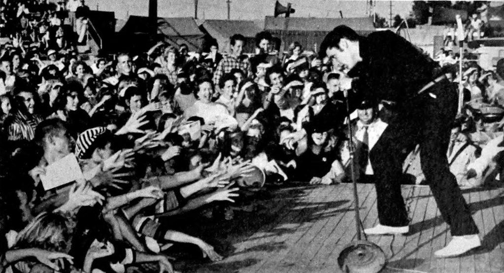 Elvis_Presley_-_TV_Radio_Mirror,_March_1957_01