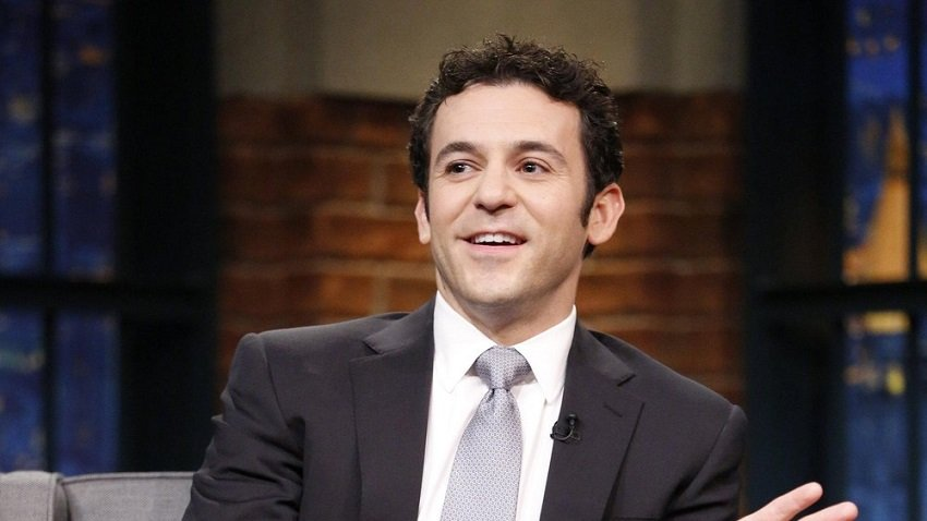 Fred Savage as Kevin Arnold
