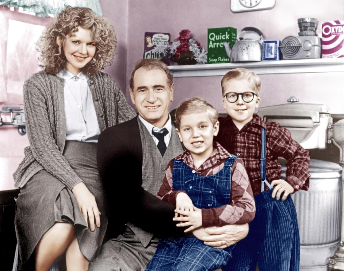 ny daily news - Christmas Story Cast Then And Now