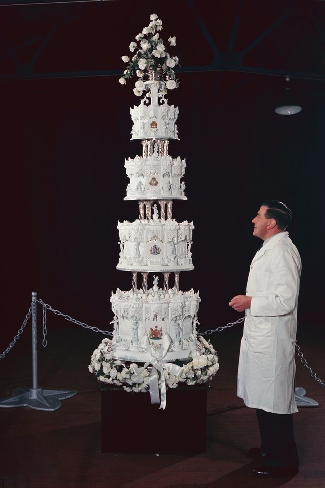 british royal wedding cake recipe the one type of cake every royal has served at 12164