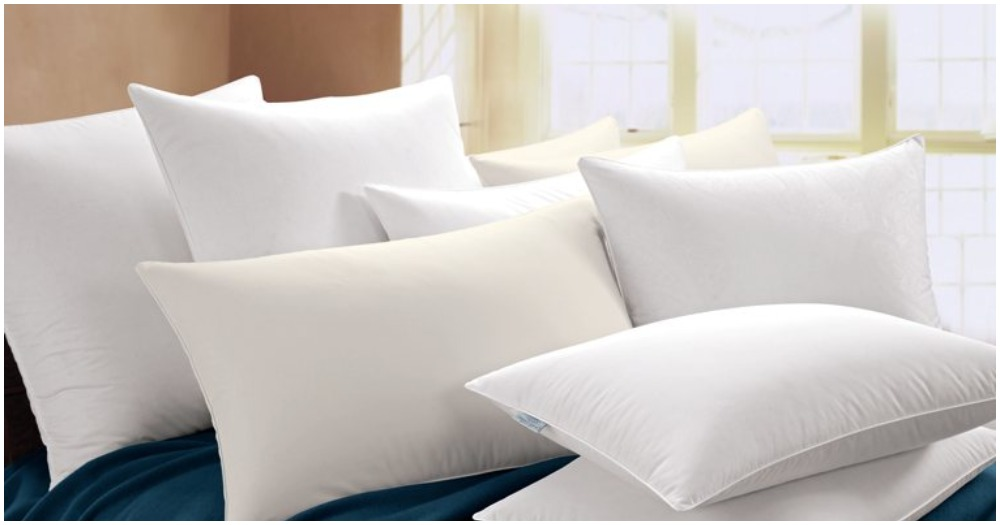 how to wash your pillows the right way do you remember. Black Bedroom Furniture Sets. Home Design Ideas