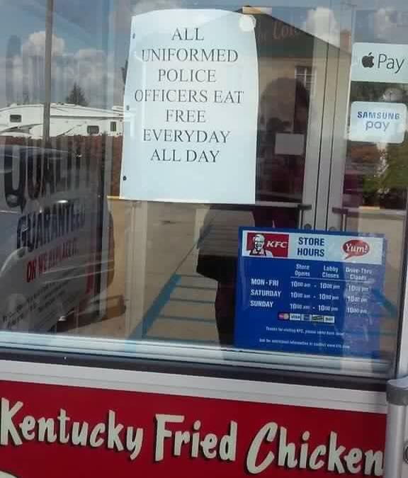 Facebook | Ohio KFC Sing On KFC's Door