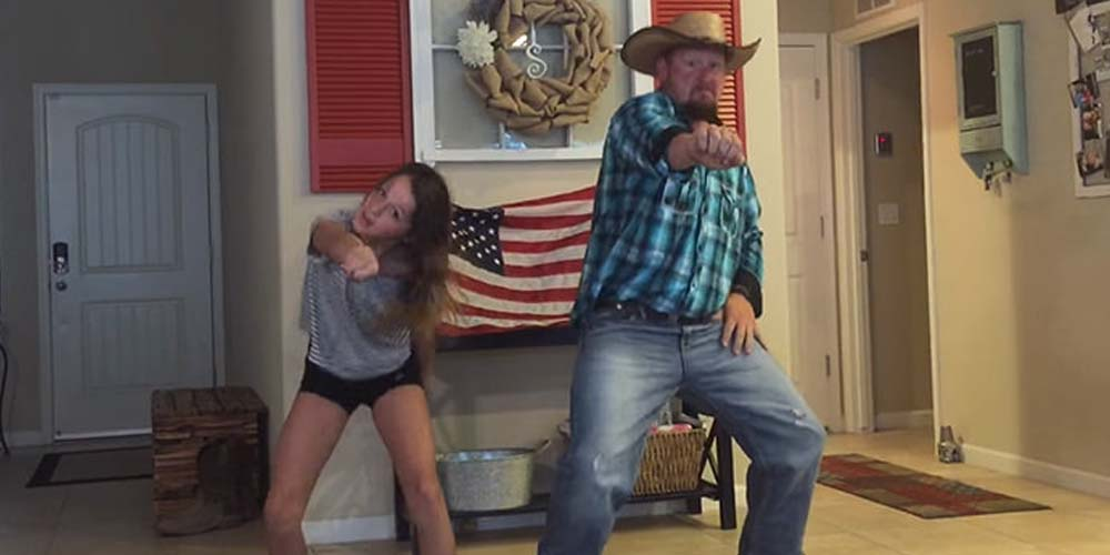 Cowboy Dad Walked In On His Daughter Dancing, His Reaction Is Absolutely Priceless.