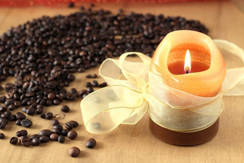 Coffee beans scented candle