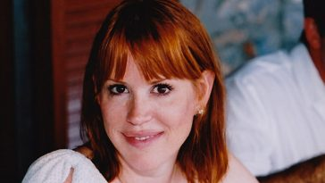 Molly Ringwald opens up about her teenage years