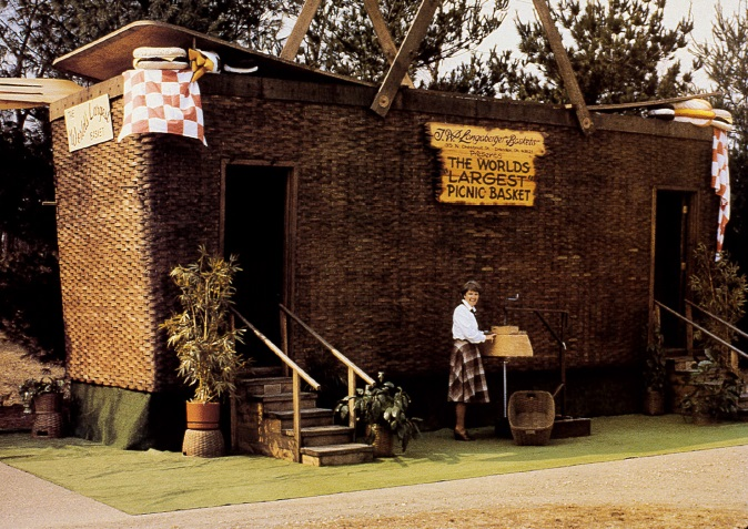 The Worlds Largest Picnic Basket from 1980s