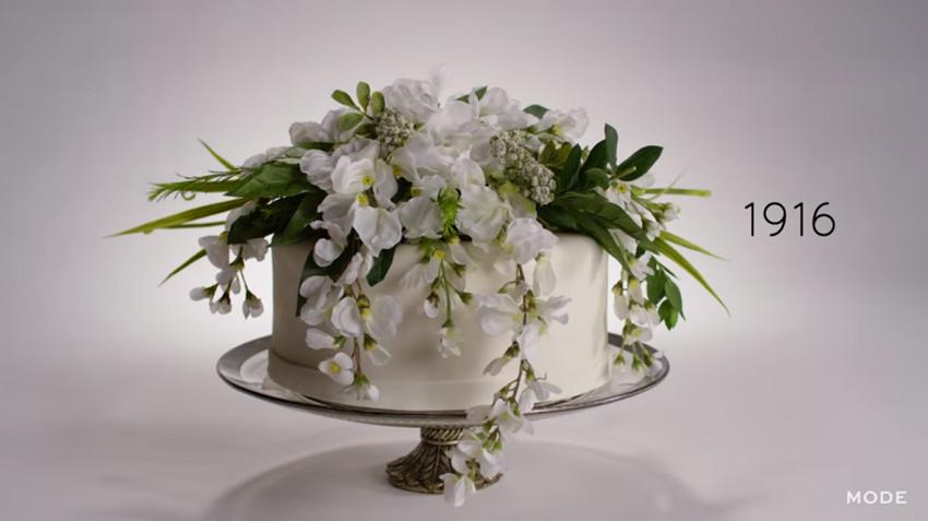 1916 Wedding cake
