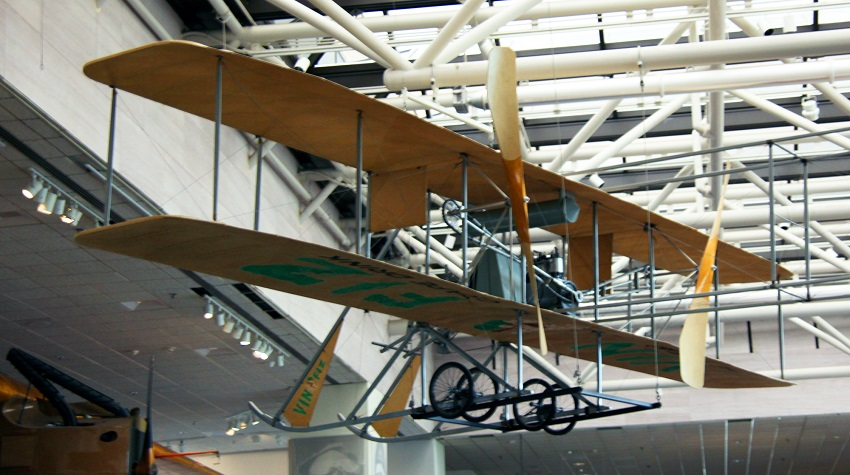 Wright Flyer at Smithsonian Museum