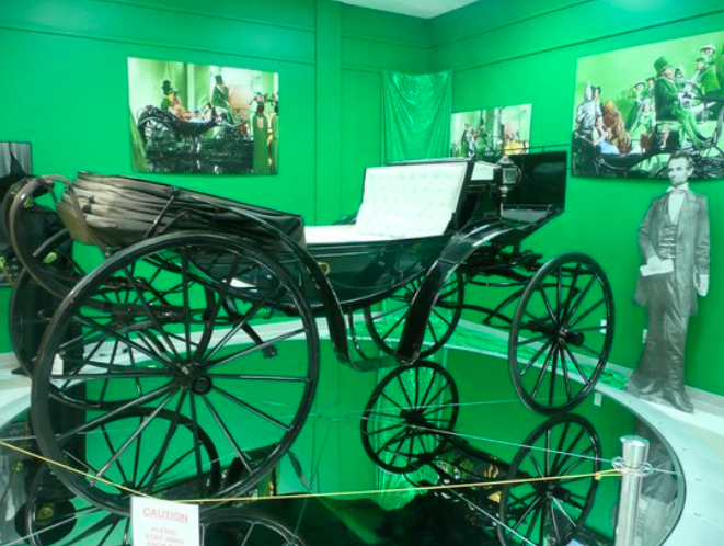 land of oz carriage