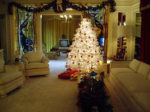 Christmas In Graceland 2.Watch This Hallmark Christmas Movie To Get A Peek Of Elvis S