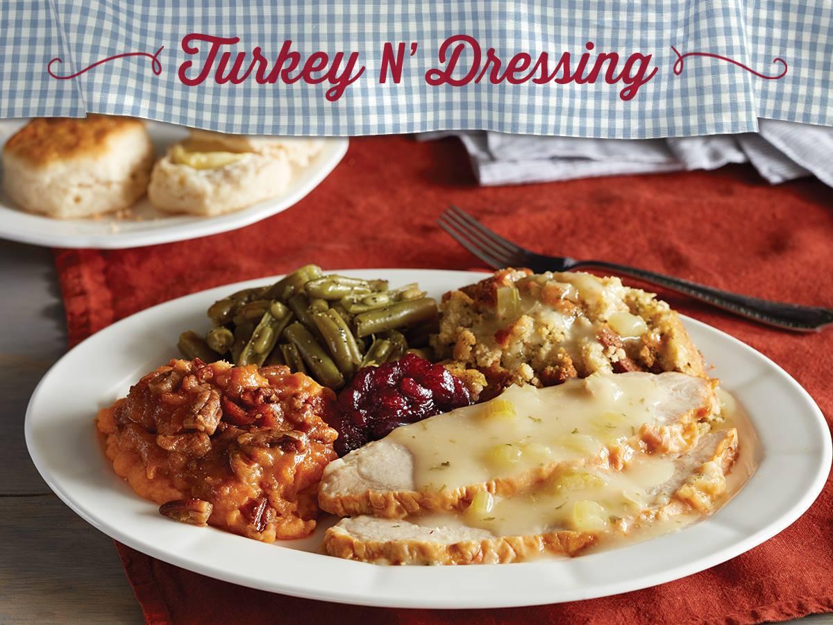 Get A Thanksgiving Dinner For 10 At Cracker Barrel