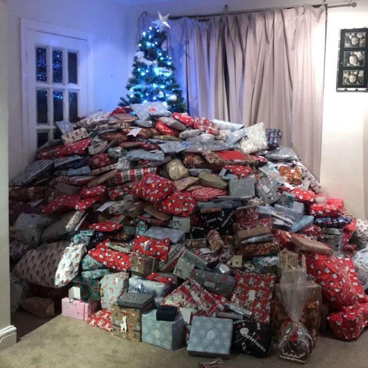 Mom Posts Picture Of Hundreds Of Presents Under Her Christmas Tree
