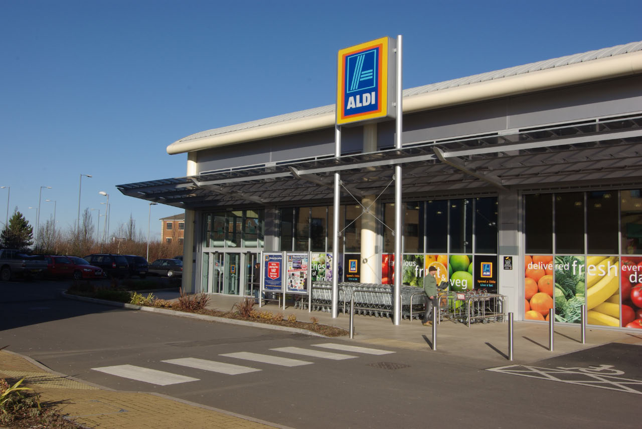 aldi outside