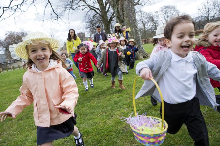 children on easter sunday