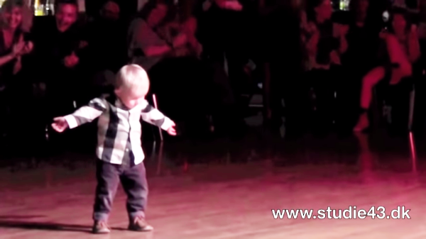 2-year-old dancing to elvis