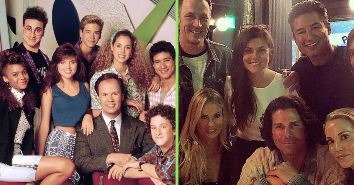 'Saved By The Bell' Cast Reunites And Celebrates 30th Anniversary Of Hit '90s Show
