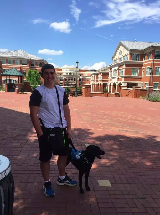 service dog and boy with diabetes