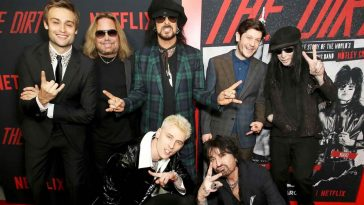 the dirt motley crue