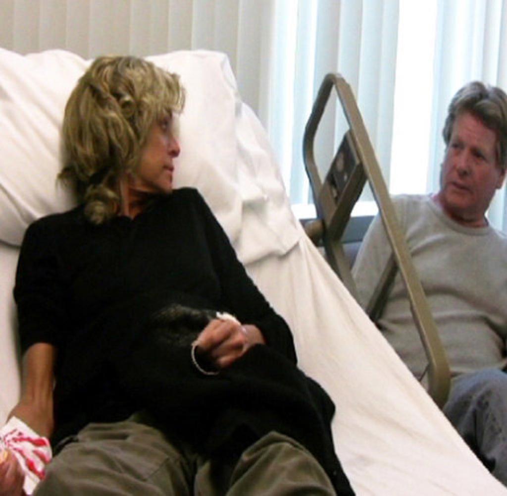 Farrah Fawcett and Ryan O'Neal during cancer treatment