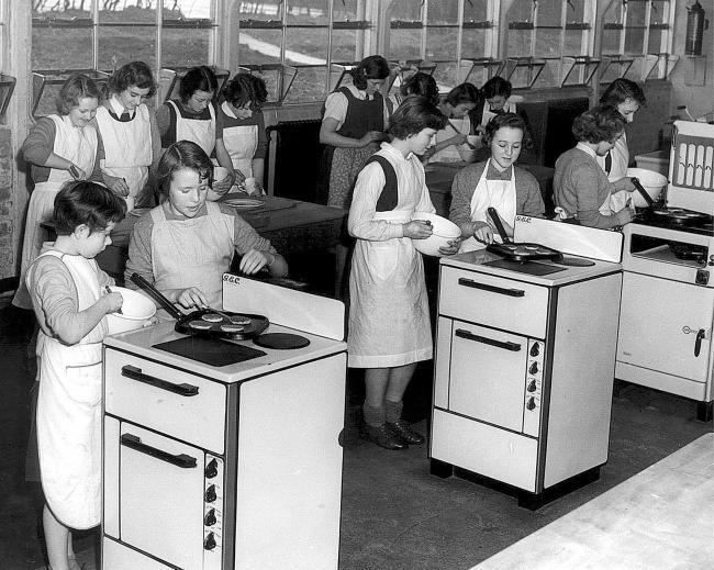 Home economics class in 1953
