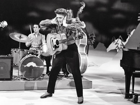 elvis presley performing