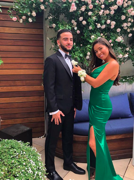 Kelly Ripa's daughter Lola poses with her boyfriend on prom night