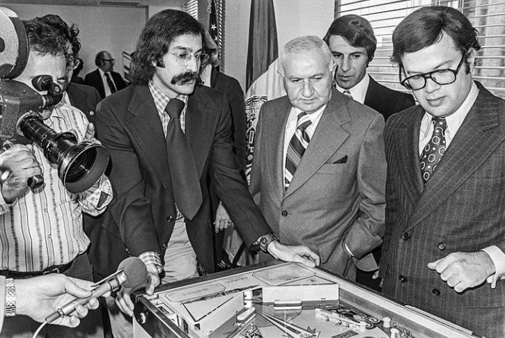 Roger Sharpe playing Pinball in front of NYC council