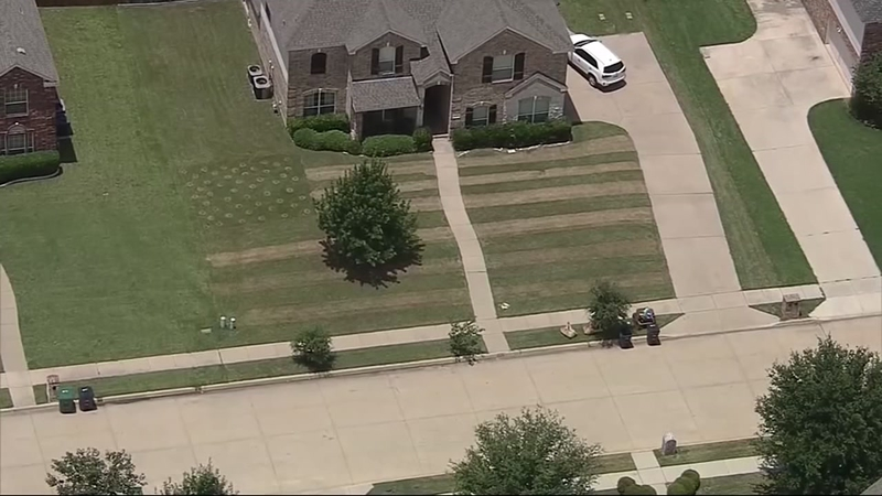 American flag pattern mowed into yard by teen for fallen soldier