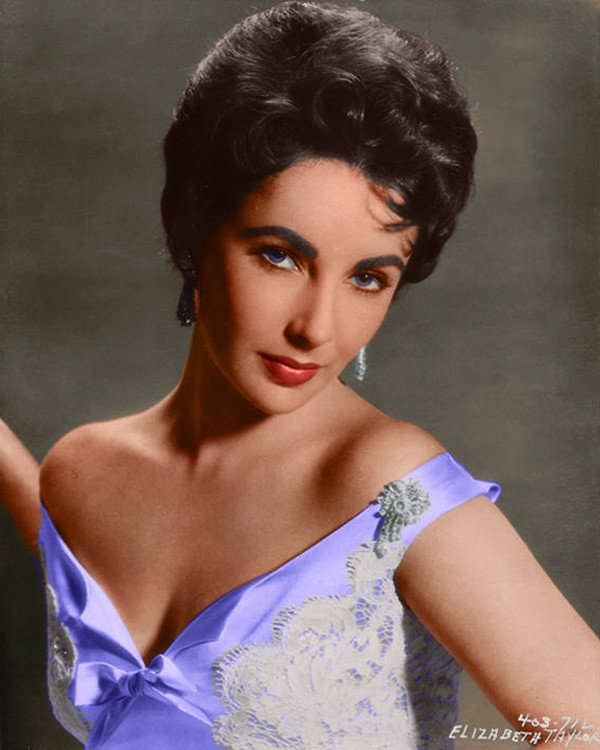 elizabeth taylor purple dress