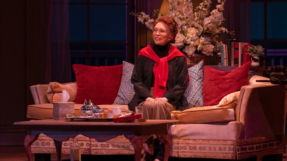 faye dunaway fired from broadway after slapping crew member