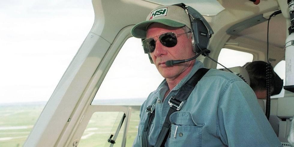 harrison ford flying plane