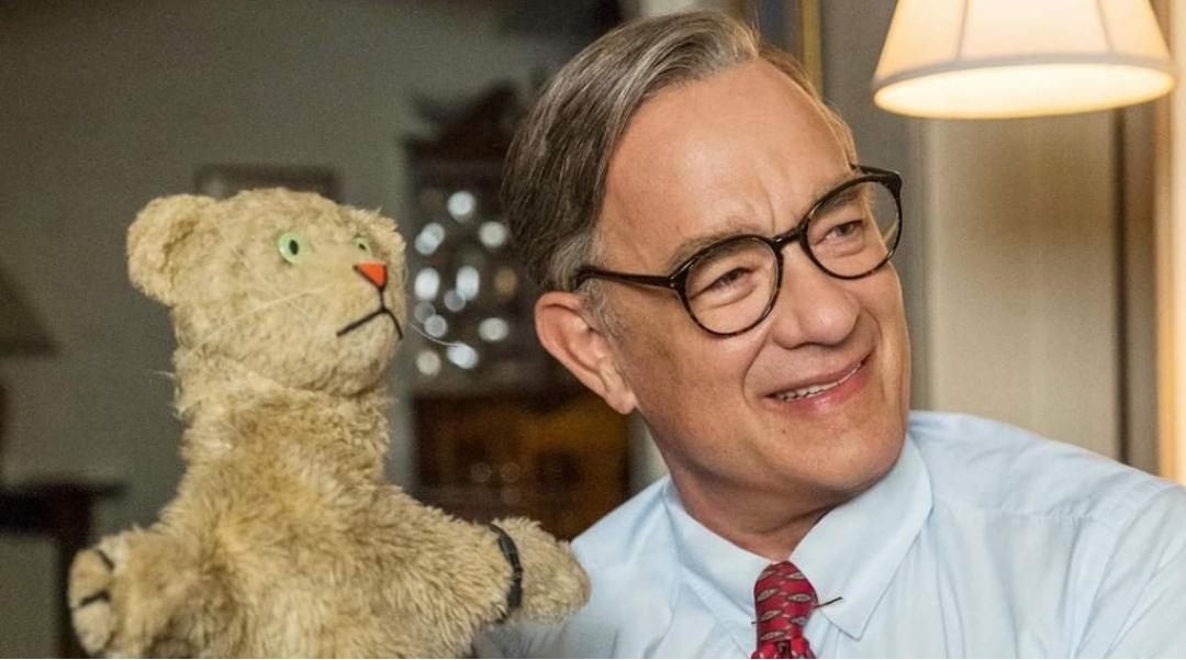 tom hanks mr rogers puppet