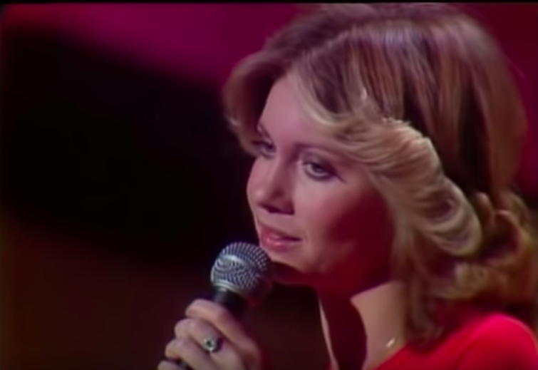 "Olivia Newton-John sings ""Have You Never Been Mellow"""
