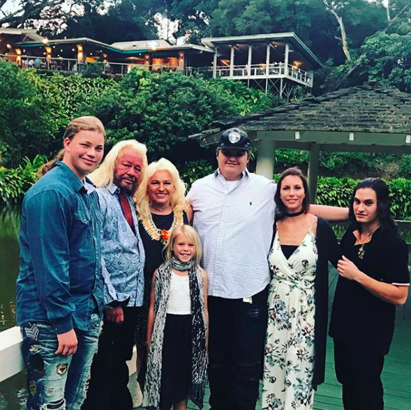 dog and beth chapman with some of their kids