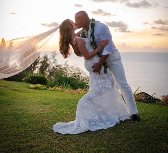 Dwayne Johnson, Lauren Hashian married