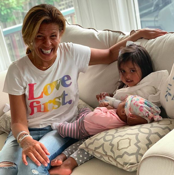 hoda kotb and her daughters