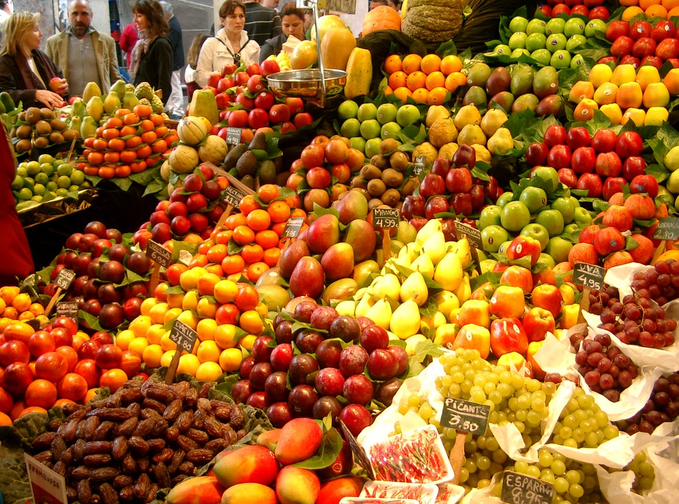 fruit and vegetable market