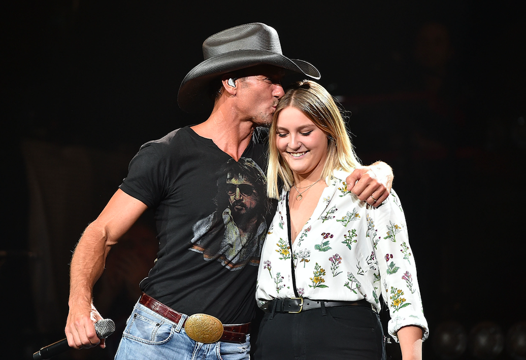 tim mcgraw and gracie sing together