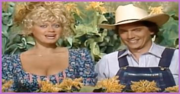 """George Strait performing on the variety show, """"Hee-Haw""""."""