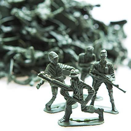 green Army men toys