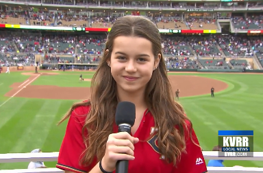 13 year old sings god bless america at twins game