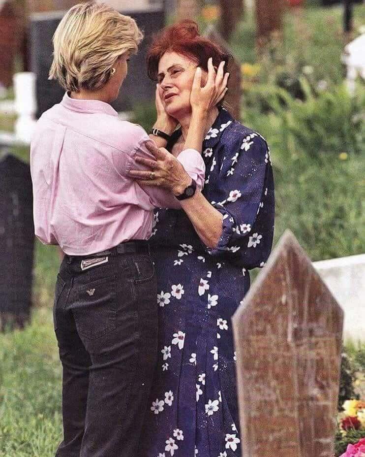 Princess Diana comforts crying woman