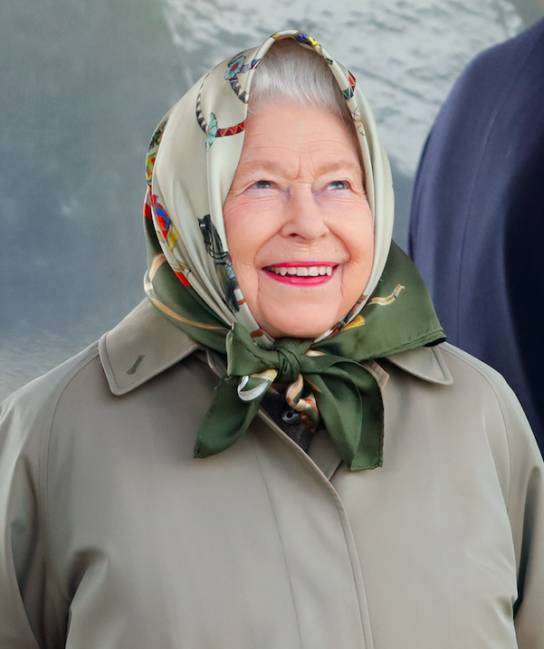 queen elizabeth ii plays a prank on american tourists