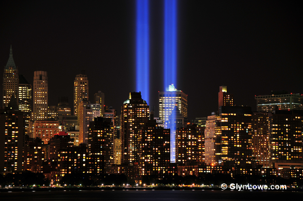 9/11 tribute world trade center lights
