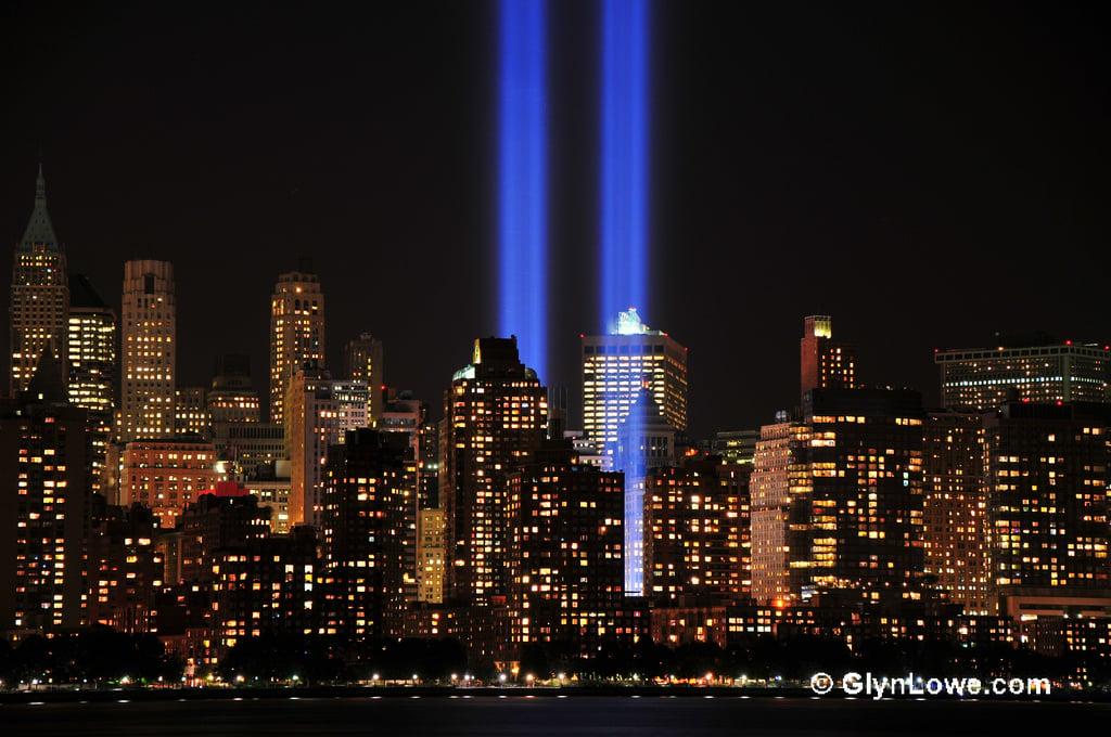 9/11 tribute world trade center lights