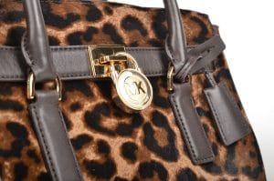 Animal print accessories and outfits enjoyed popularity through 1980s fashion