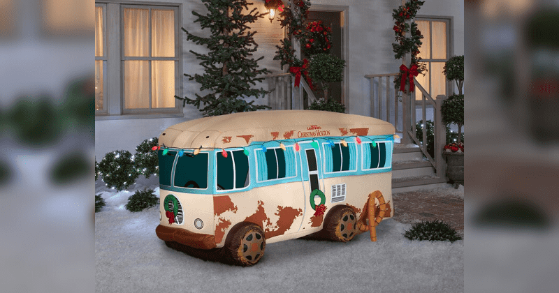 Giant Inflatable 'Christmas Vacation