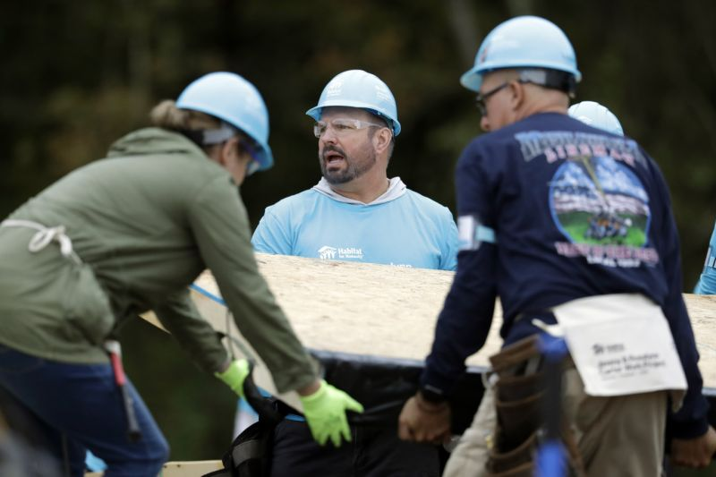 garth brooks praises jimmy carter for humanitarianism