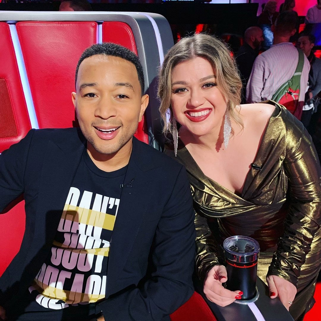 kelly clarkson and john legend record baby, it's cold outside
