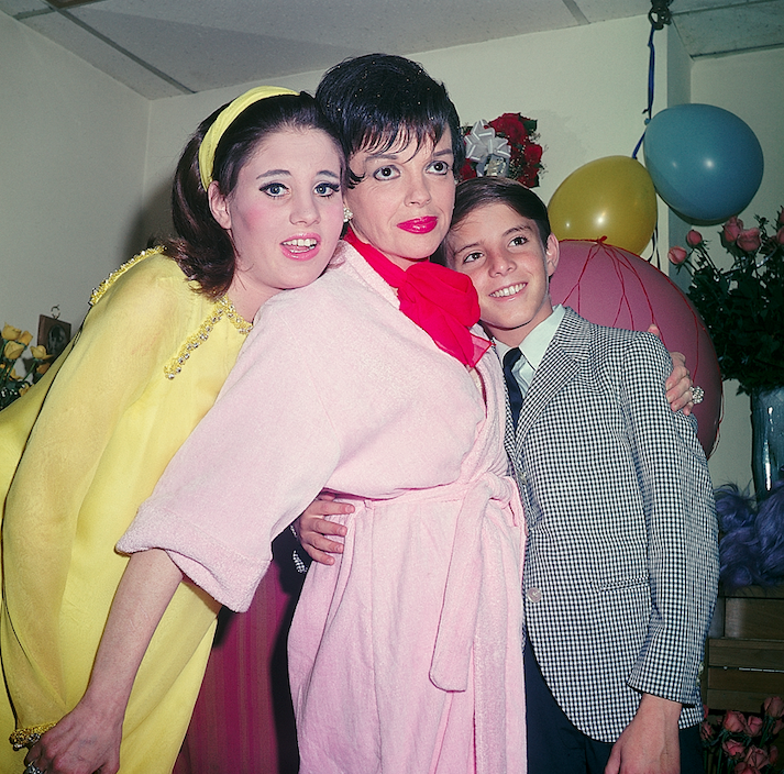 lorna luft says late mom would have lived longer without drug stigma
